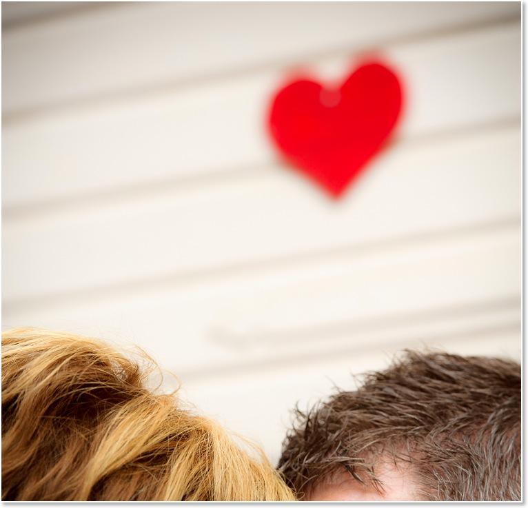 Annika och Peter i gamla stan i Eksjö | Bröllopsfotografering | Johan Lindqvist Fotografi 5