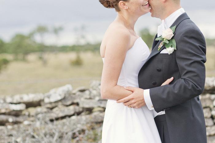 Lena Larsson - Bröllop i gråa toner på gotland 5